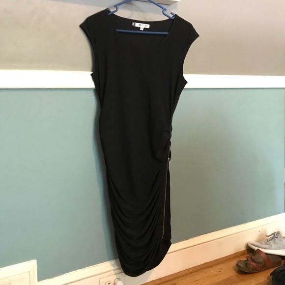 Jennifer Lopez Dresses & Skirts - Jennifer Lopez Body Con Side Zip Dress